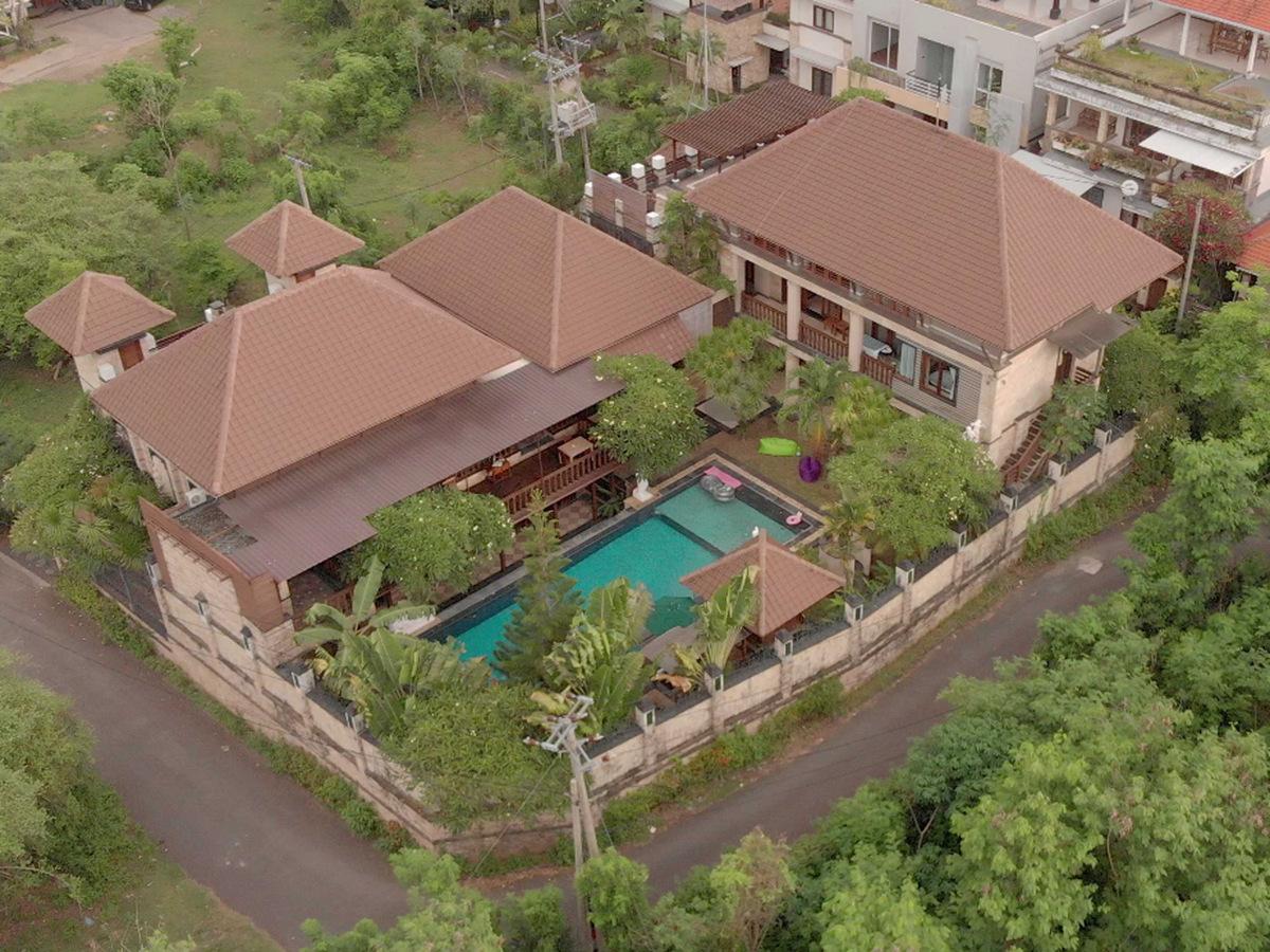 Villa Dynasty
