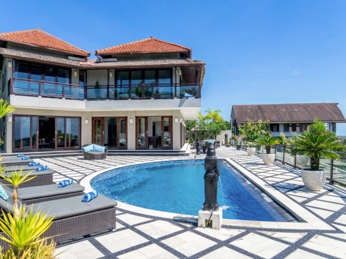 6 bedrooms villa King in Pecatu -1