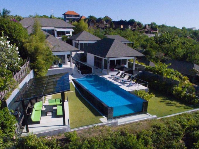 suluban cliff front villa for rent - 1