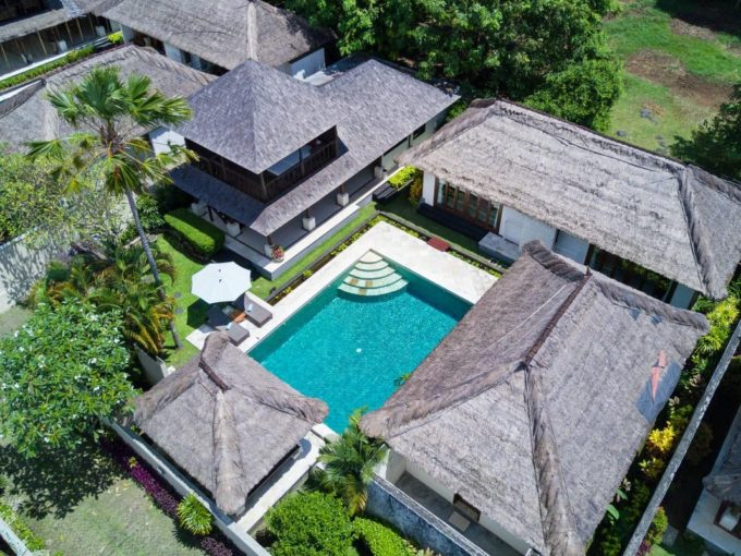 3 bedrooms villa for rent in Jimbaran-17